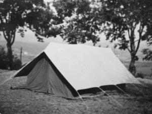 """Agosto 1961 -Campo del Clan Nicastro I: La mitica Tenda """"Catullo"""""""
